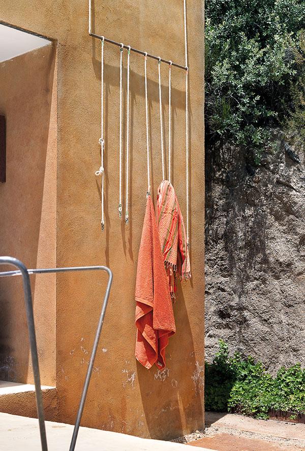 Garrucho Hanger